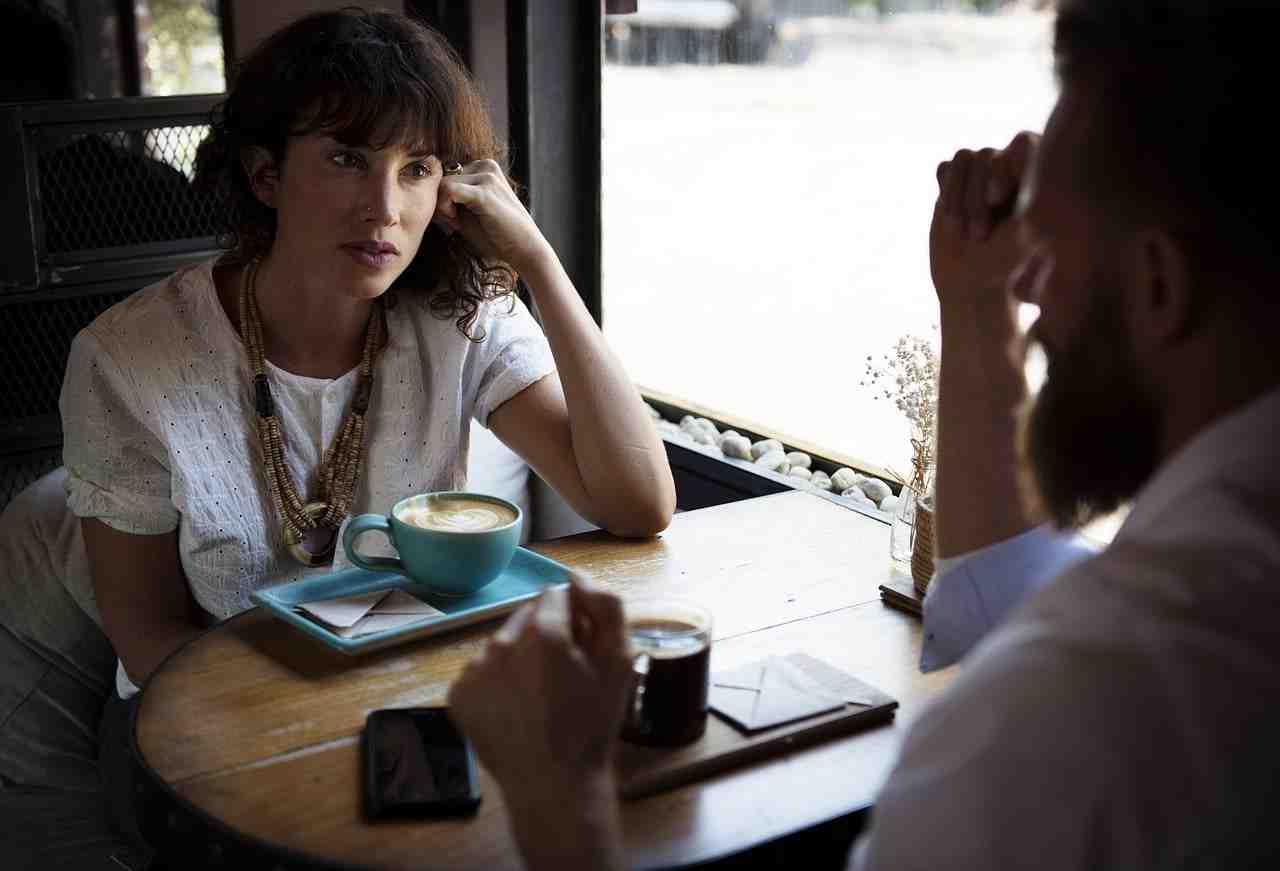 Comment prouver à un homme que vous l'aimez par SMS?