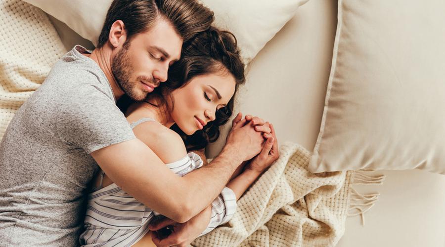 Pourquoi les couples ont-ils des chambres séparées?